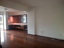 D131 Excelente Apartamento na Ponta Verde