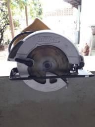 Serra circular 7 1/4 DEWALT 560 110v