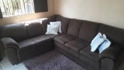 Vende se esse lindo sofá com três meses de uso valor 2,500