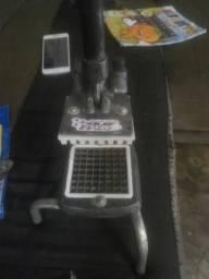 Cartador de batata e descascador