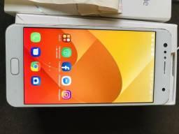 Celular asus zenfone 4 selfies