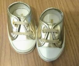 Sapatos para bebê marca Pimpolho