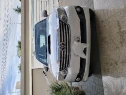 Toyota Hilux SW4 SRV 3.0 4X4 (7 Lugares) 2013 - modelo 2013 - 2013