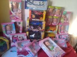 Vendo brinquedos bonecas