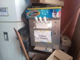 Maquina de fazer sorvete e acai