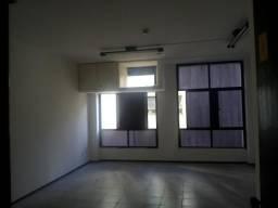 Sala com 30m² no Edf. Euler De Menezes