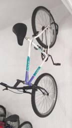 Bicicleta Caloi Cruiser aro 26