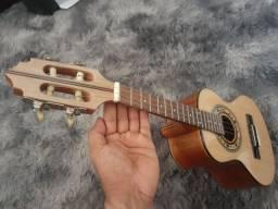 Cavaquinho Luthier de cedro.