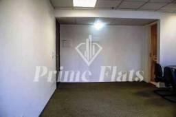 Flat disponível no Condomínio Edifício First Office Flat, com 1 dormitório, 30 m² e 1 vaga