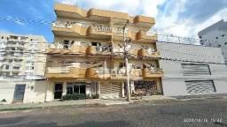 Apartamento com 3 dormitórios para alugar, 140 m² por R$ 1.600,00 - Santa Maria - Uberlând