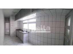 Apartamento com 1 dormitório para alugar, 47 m² por R$ 800,00 - Umuarama - Uberlândia/MG