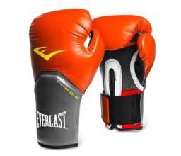 Título do anúncio: Luva de Muay Thai Everlast / aceito ofertas