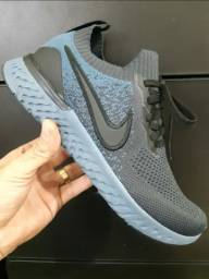 Título do anúncio: Tênis Nike Air Max Epic React - $250,00