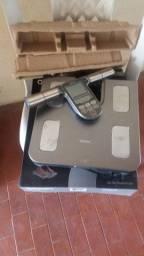 Caixotes para treino e balança de controle corporal