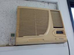 Ar condicionado Gree 10.000 btus - com controle remoto