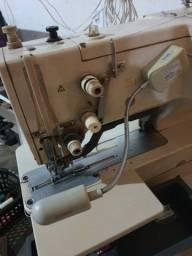 Vende maquina de costura caseadeira