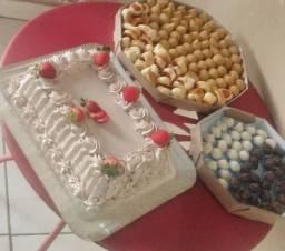 Título do anúncio: Kit festa bolos doces e salgados