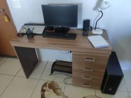 Escrivaninha de escritório