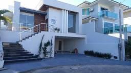 Luxuosa casa no Vale dos Cristais