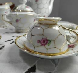 Conjunto chá/café com fios de ouro - Aceito cartão