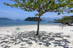 Título do anúncio: Angra Temporada - Cond. Com 3 Praias, Piscinas, Playground