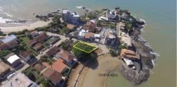 Casa na praia Costa Azul, frente para o mar