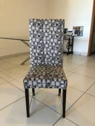 Título do anúncio: 8 Cadeiras para Sala de Jantar  estofadas.