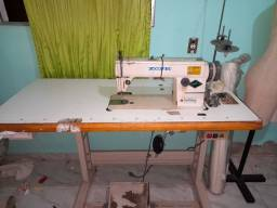 Título do anúncio: Maquina de costura reta