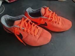 Tênis Nike shot original 200$