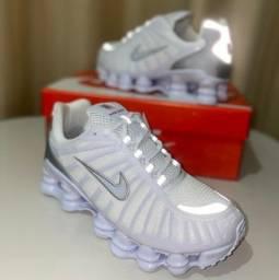 Título do anúncio: Tênis Nike 12 molas refletor atacado