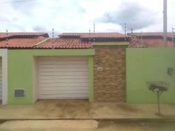 ALUGO casa Nova, com 2/4 em Arapiraca/AL