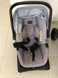 Carrinho e bebê conforto Evenflo