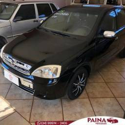 Chevrolet Corsa Sedan 1.0 MPFI8V 71CV 4P flex - 2004
