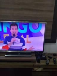 "TV Philips LED Full HD smart de 42"" 3D"
