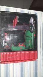 Furadeira DWT nova na caixa - R$ 300,00