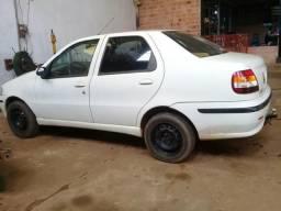 Carro barato - 2005