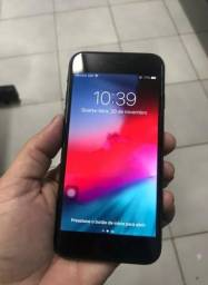 IPhone 8 preto 64 gigas