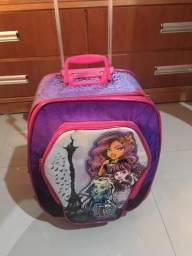 Vendo mochila com lancheira usadas mas estão em perfeita condições de uso