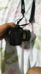 Câmera Nikon P600 ou troca
