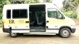 Master 08 com rota escolar em cariacica sede - 2008