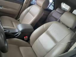 Toyota hilux sw4 4x2 sr - 2012