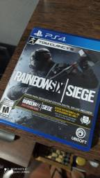 Rainbow Six Siege: Deluxe Edition PS4