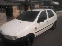 Vende-se Carro Palio cor Branco