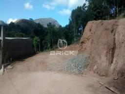 Terreno com aproximadamente 390 m² na Prata, Teresópolis/RJ.