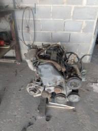Motor completo com alternador e arranque