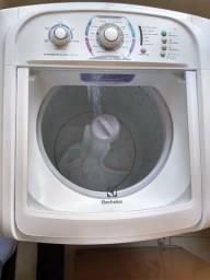 Lava roupas Eletrolux 15 kg