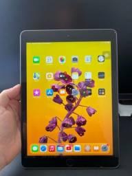 Título do anúncio: iPad 6 128 gb