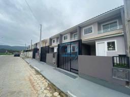 Título do anúncio: Sobrado com 2 dormitórios à venda, 75 m² por R$ 210.000,00 - Forquilhas - São José/SC