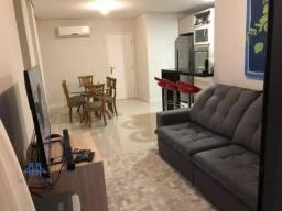 Apartamento com 2 dormitórios à venda, 70 m² por R$ 650.000,00 - Balneário - Florianópolis