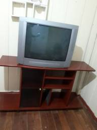 Vende se tv com rack